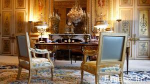 La France doit abandonner le régime présidentiel