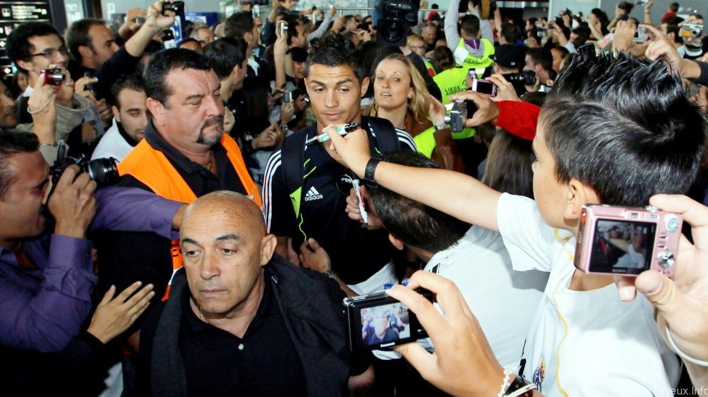 Les joueurs du real madrid seront sous escorte la coupe du monde des clubs enjeux au coeur - Coupe du monde des clubs 2009 ...