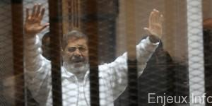 EGYPT-POLITICS-UNREST-TRIAL-MORSI