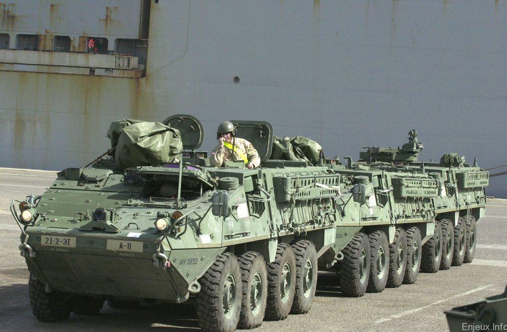Des armes lourdes am ricaines en europe de l est pour for Arme defense maison