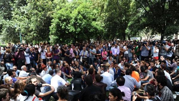 Turquie : violentes manifestations contre Erdogan