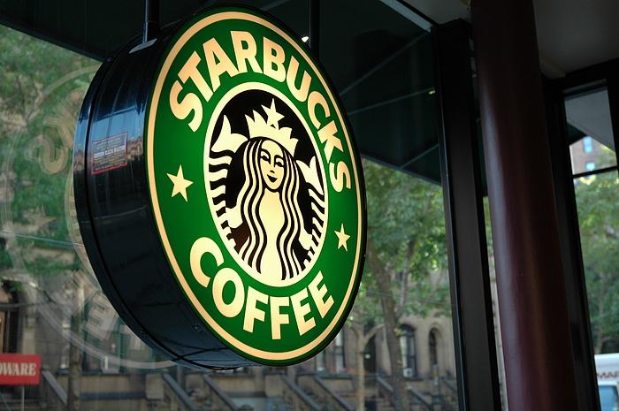 Royaume – Uni : Starbucks verse une première tranche d'impôt