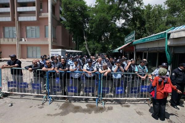 Les manifestations qui fissurent le modèle turc