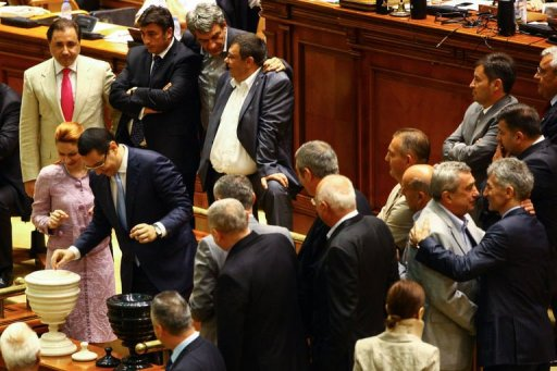 roumanie-parlement-desaccord-budget-2014
