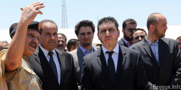 Un ancien gouvernement libyen affirme être de retour aux commandes du pays
