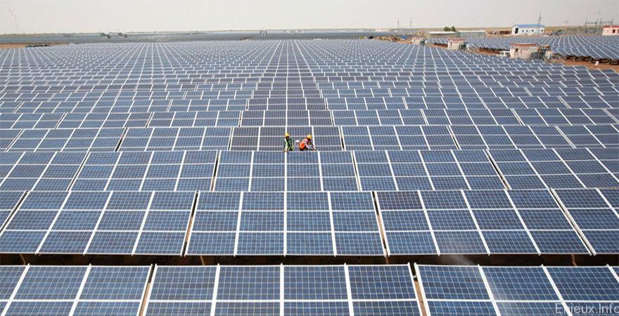 L'Inde se dote de la centrale photovoltaïque la plus puissante du monde