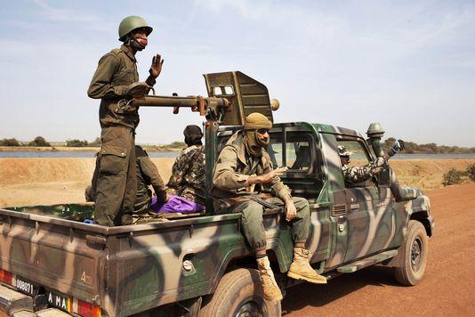 Au moins 16 militaires maliens tués dans une attaque armée au centre du Mali