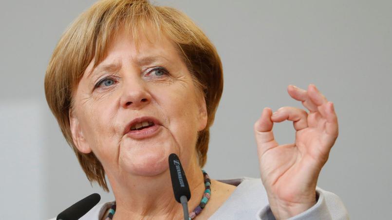 De l'avis de Merkel, la suspension du compte Twitter de Trump est «problématique»