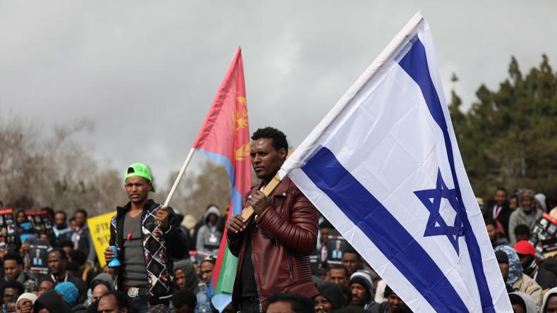 Le gouvernement israélien renonce à son plan d'expulsion de migrants africains illégaux