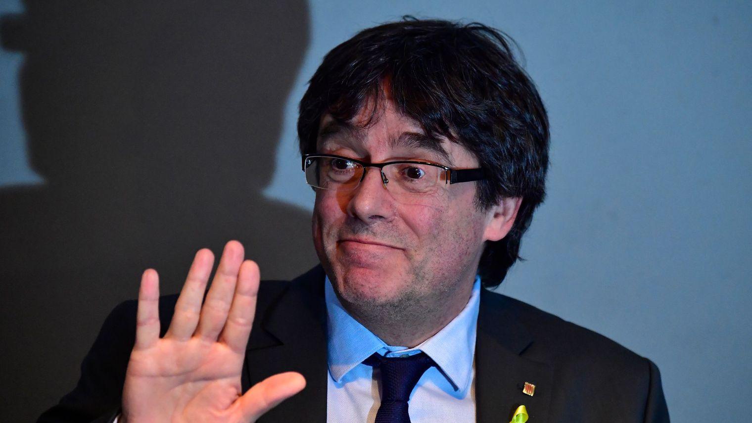 L'Espagne lève le mandat d'arrêt international visant Puigdemont et cinq autres indépendantistes catalans