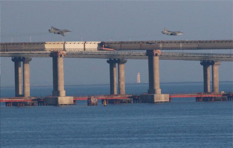 Tensions sans précédent entre la Russie et l'Ukraine autour de la mer d'Azov