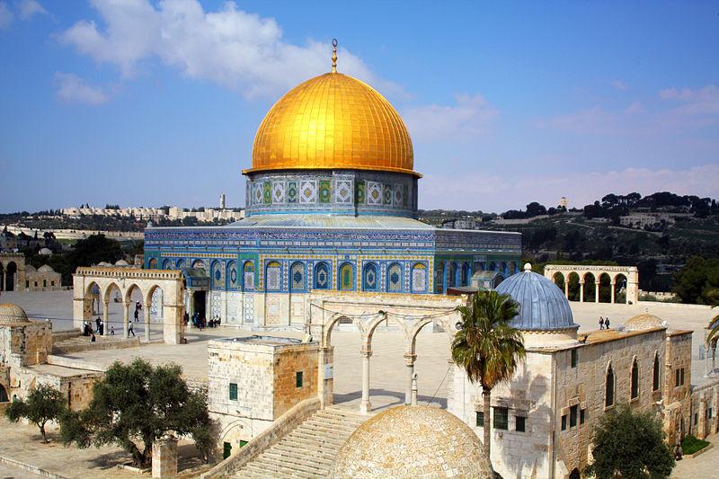 Le Roi du Maroc affecte des fonds pour la restauration de la mosquée Al Aqsa