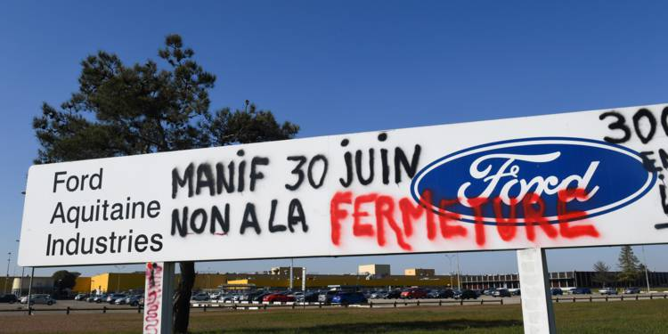 Ford annonce la suppression de 12.000 postes d'emploi en Europe