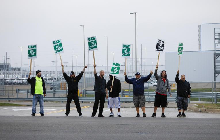 Etats-Unis : Les salariés de General Motors en grève