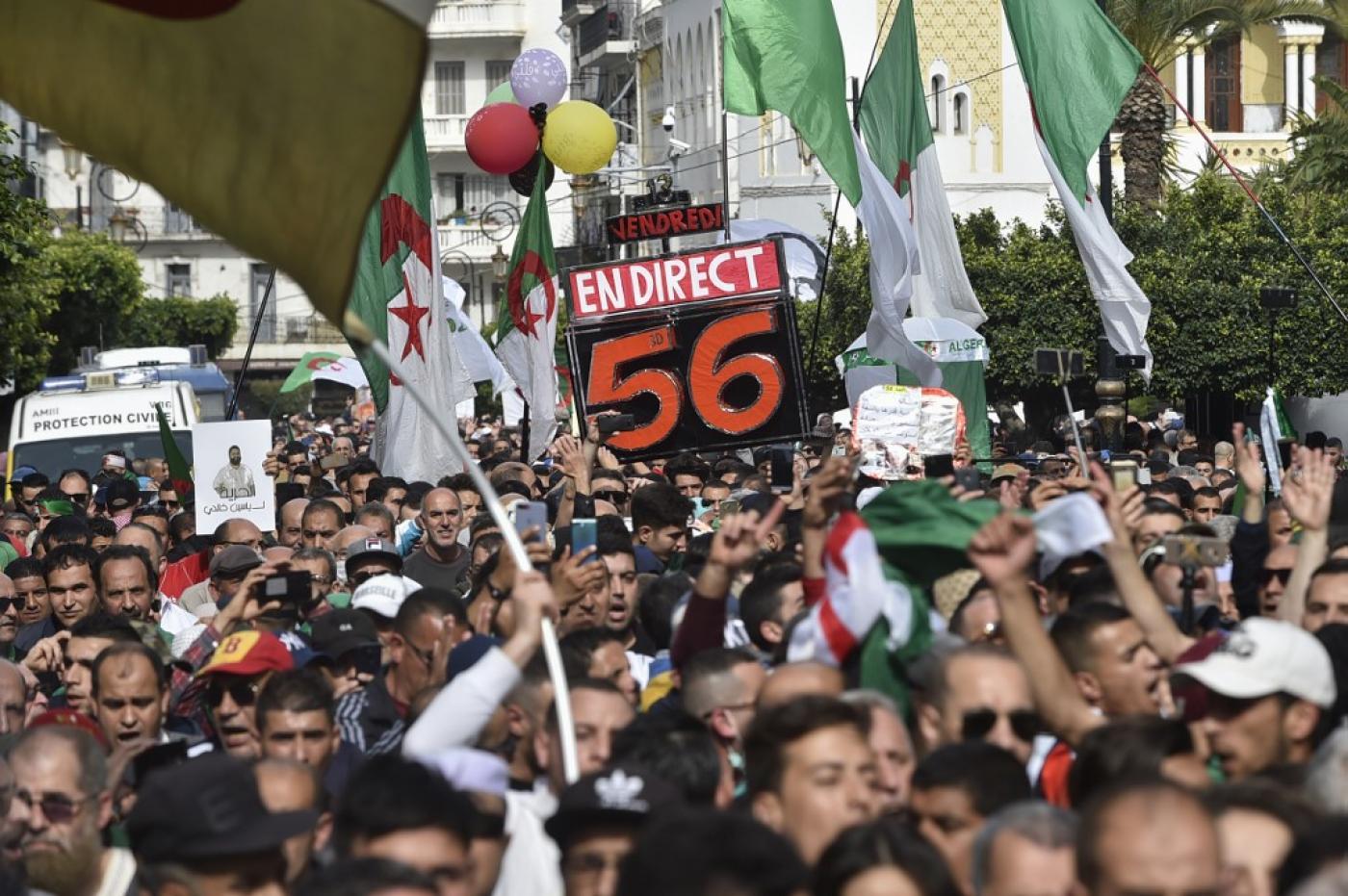 Coronavirus: des appels pour suspendre le «Hirak» en Algérie