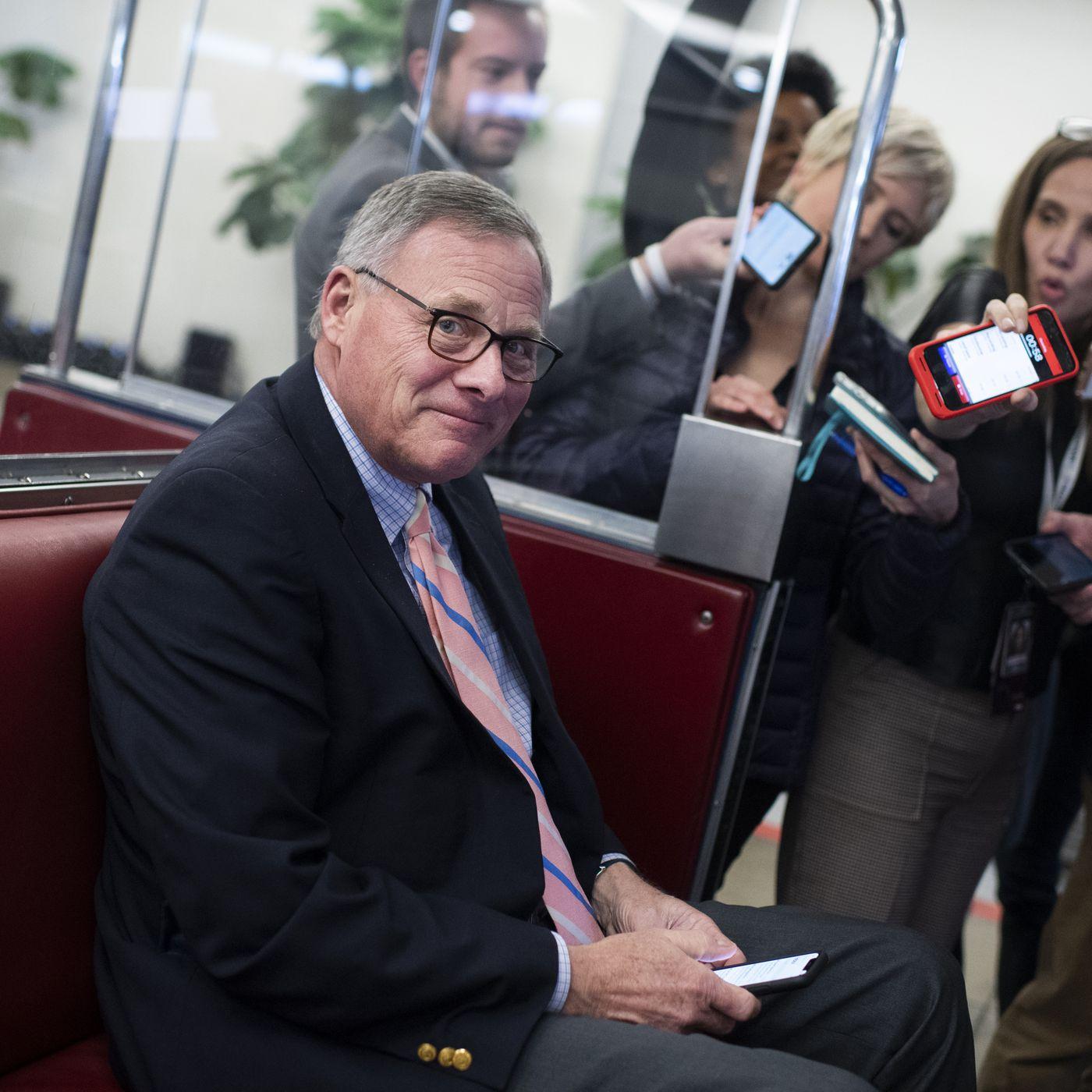 Etats-Unis-Coronavirus: James Inhofe et trois autres sénateurs accusés de délit d'initié