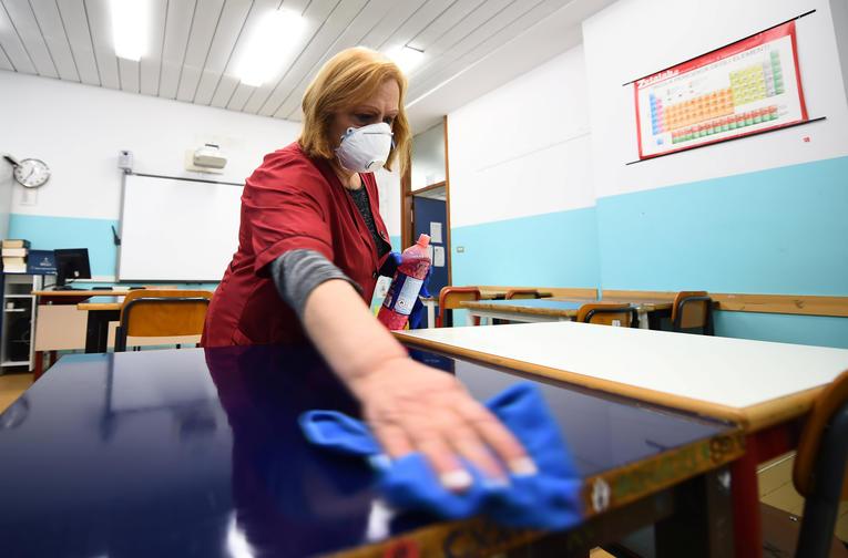 Espagne : le Covid-19 a fait en 24 heures, 2.000 contaminations et une centaine de morts