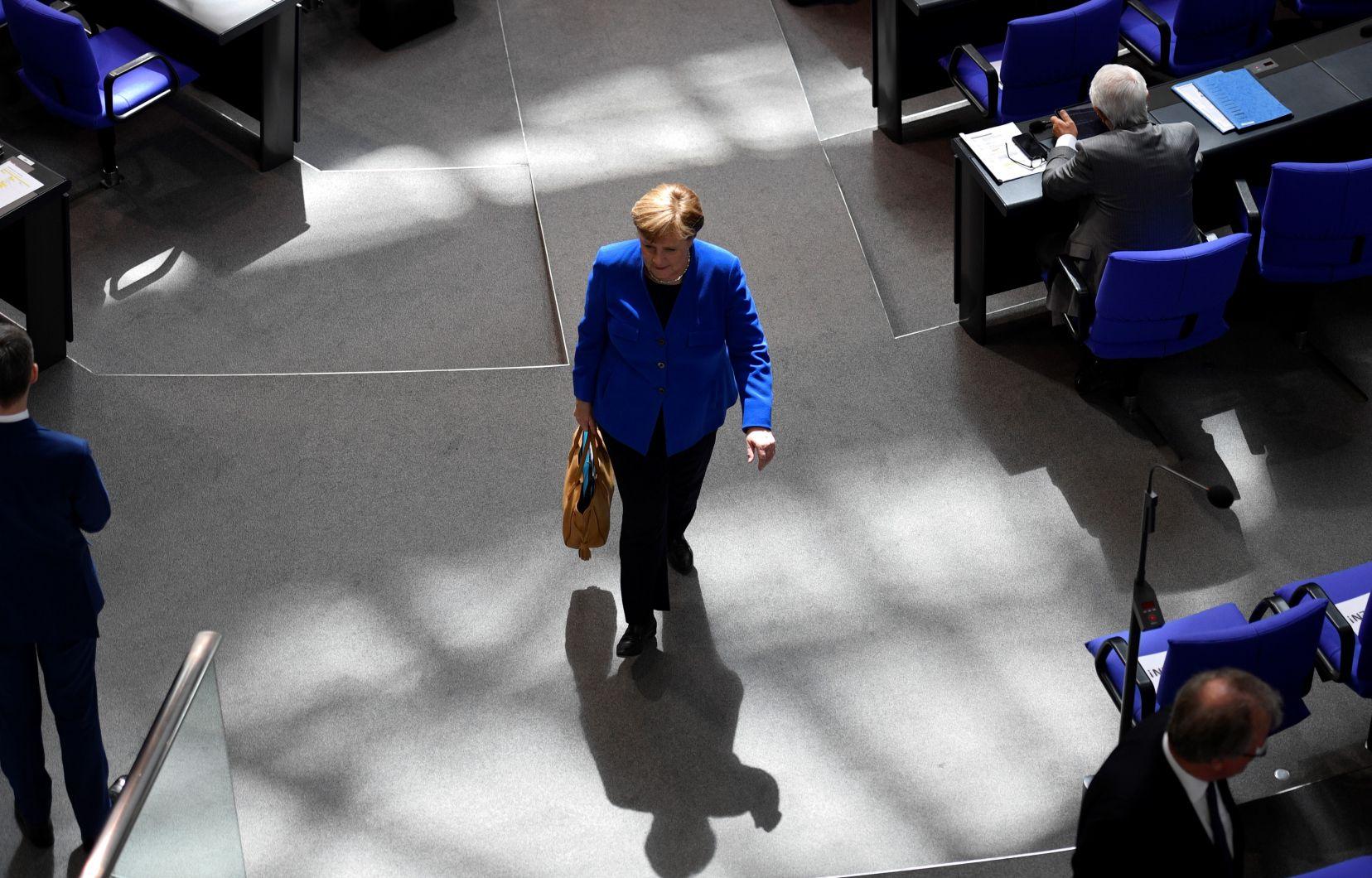 La chancelière allemande accuse Moscou de piratage informatique