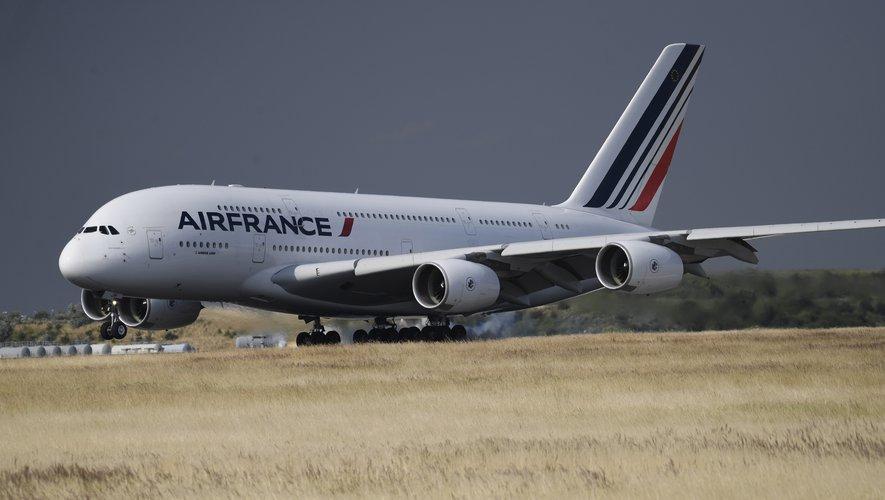En pleine crise du transport aérien, Airbus annonce la suppression de 15.000 postes