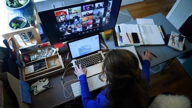 Les USA n'accorderont pas de visas aux étudiants étrangers suivant des cours en ligne