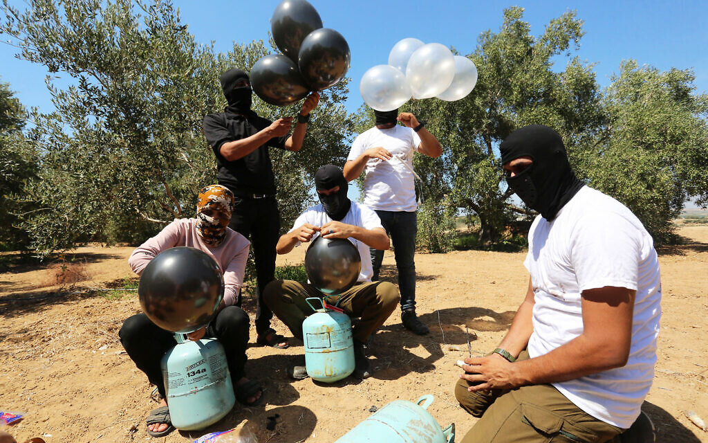 Israël : des frappes et sanctions contre Gaza