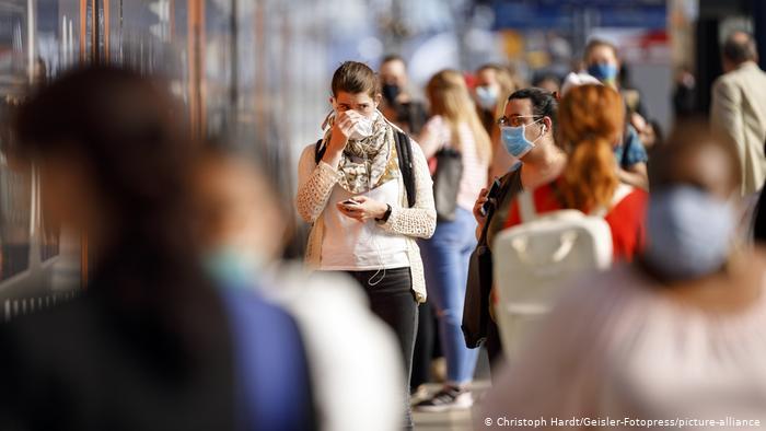 Plus de 4.000 nouveaux cas de Covid-19 diagnostiqués en 24 heures en Allemagne