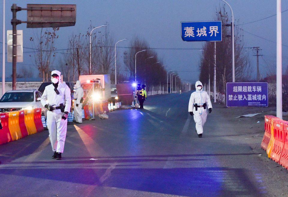 Chine : une ville de 11 millions d'habitants mise à l'isolement après la détection de dizaines de cas de Covid-19