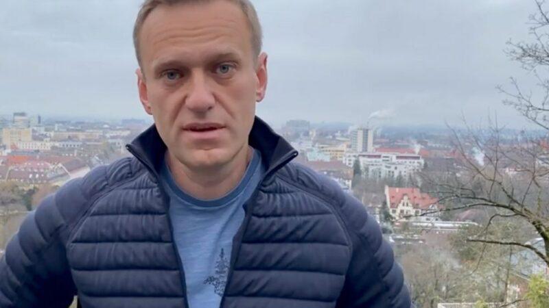 L'opposant russe Alexeï Navalny menacé d'arrestation s'il rentre en Russie