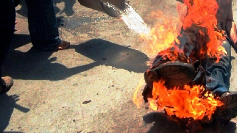 Algérie-Chômage : Un jeune de 23 ans  s'immole par le feu à Mascara