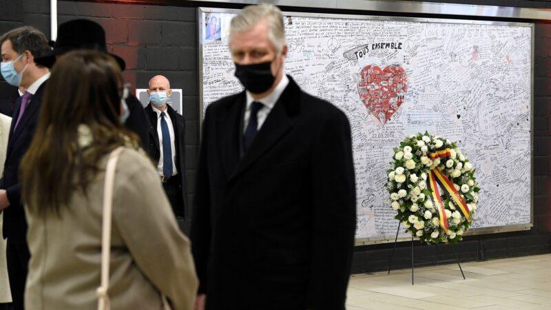 La Belgique rend hommage aux victimes des attentats de Bruxelles
