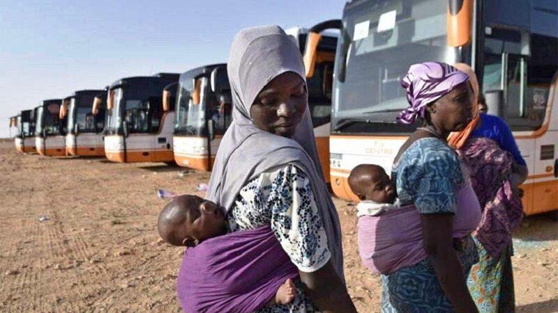 L'accident d'un bus transportant des subsahariens expulsés d'Algérie fait scandale