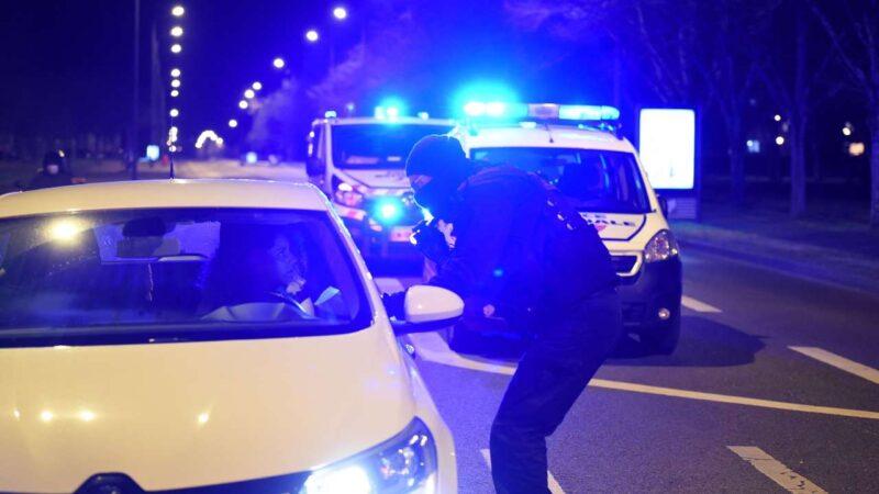 Les forces de l'ordre italiennes démantèlent un groupuscule raciste
