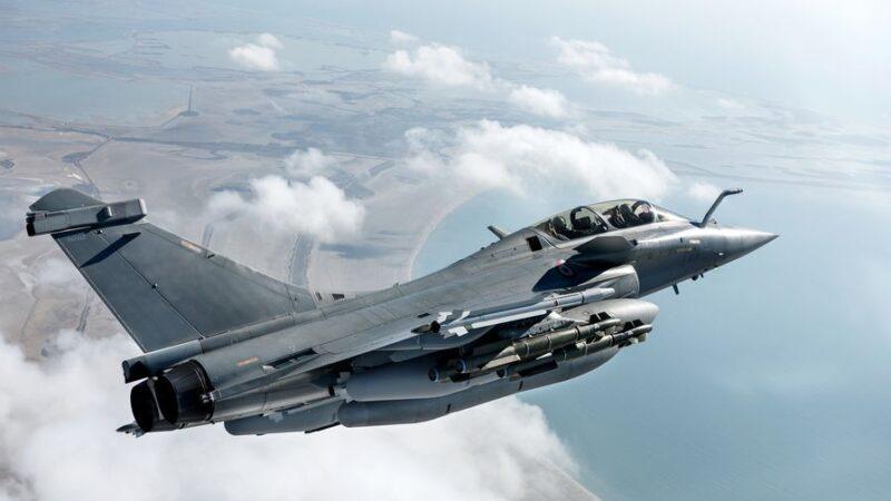 Le Caire confirme l'acquisition de 30 chasseurs français Rafale