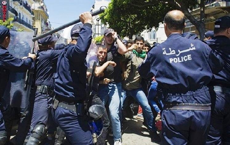 Algérie-Hirak : Une vague de répression massive inédite dans pas moins de 17 grandes villes