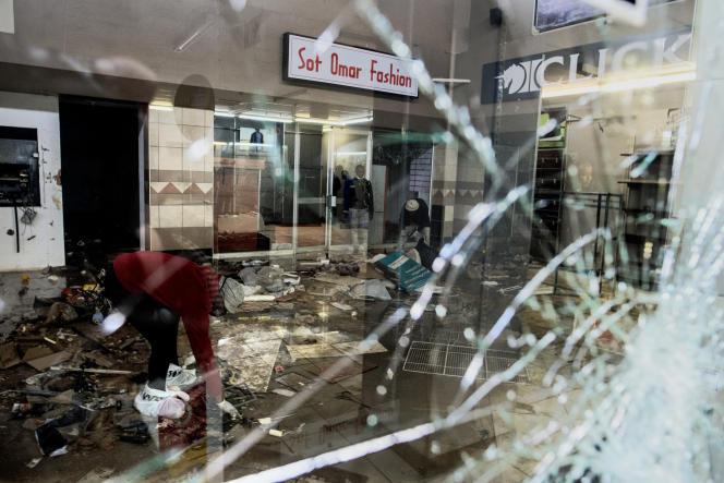 Violences en Afrique du Sud : le bilan officiel revu à la hausse