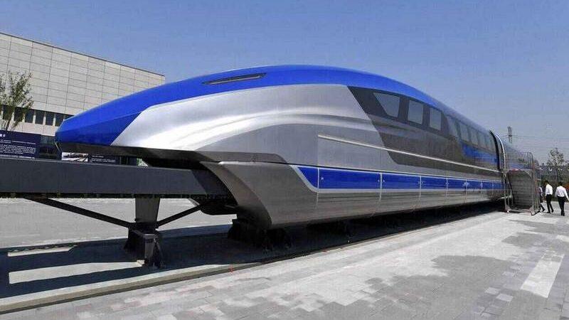 La Chine: Le premier train à sustentation magnétique à grande vitesse (600 km/h)