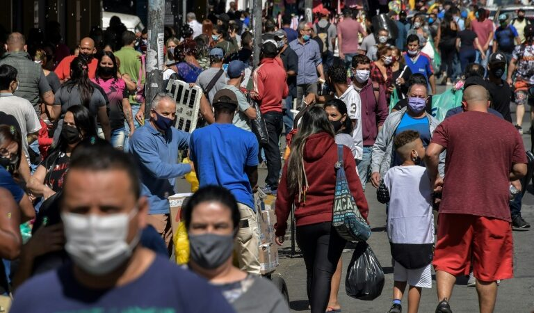 Brésil : Entrée en vigueur du «passeport vaccinal» à Rio de Janeiro