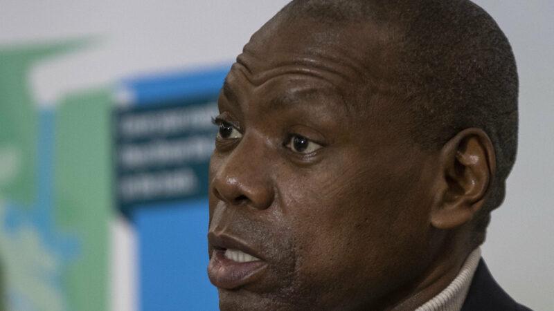 Un rapport accablant sur la corruption dans le département sud-africain de la Santé